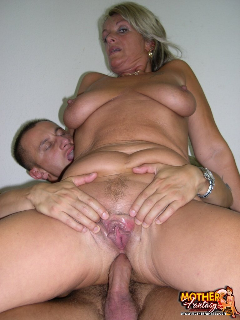 creampie mom incest
